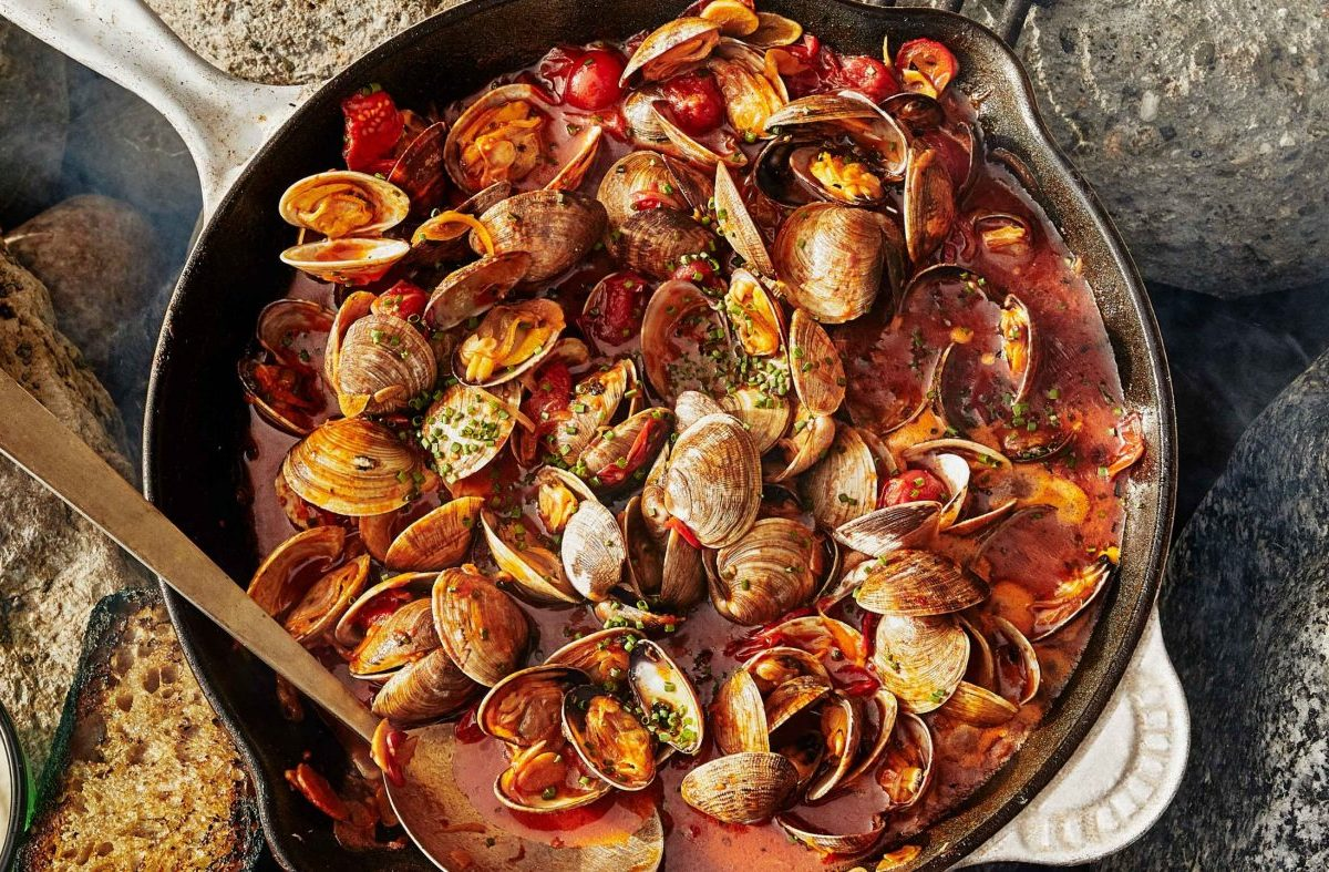 Garlic Buttered Grilled Clams
